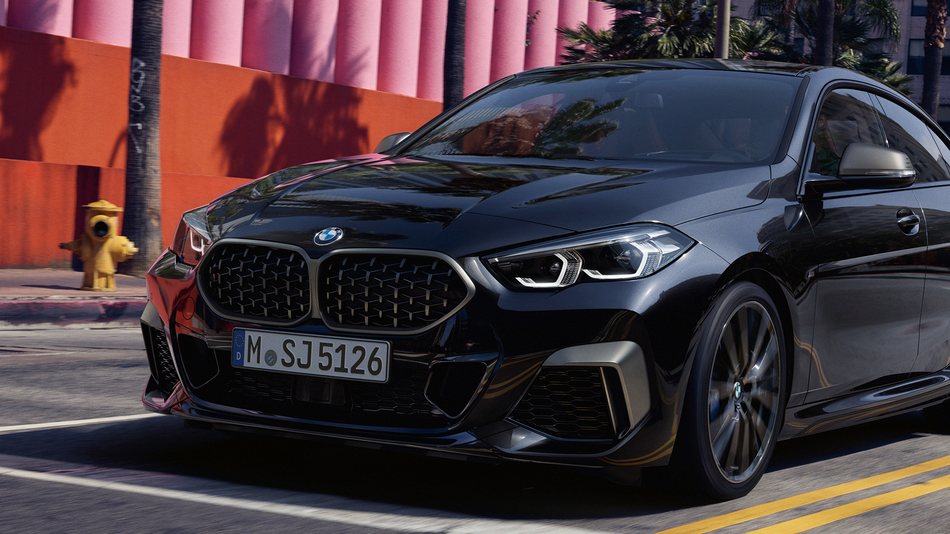 Front design BMW M235i xDrive Gran Coupé 2020 Black Sapphire metallic F44 three-quarter front view